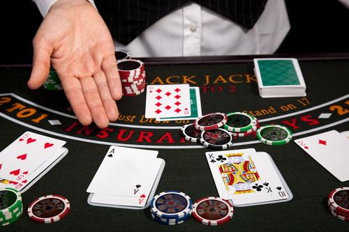 Побочные ставки при игре в блэк джек